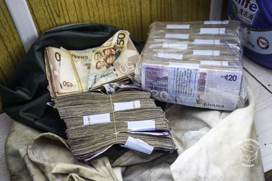 Money offered as bribe by captain to release vessel. Photo: Alejandra Gimeno / Sea Shepherd Global